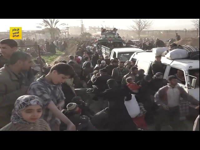 Дамаск Боевики сдают 2 важных города в Гуте и пытаются сбежать под видом мирных жителей