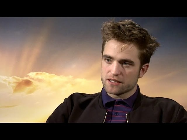 Robert Pattinson Talks One Direction Twilight Reboot - Breaking Dawn Part 2 Junket Interview