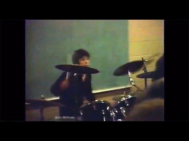 Dain Bramage (16 year old Dave Grohl) (live concert) - December 20th, 1985, Burke, VA