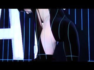 Milo Moiré - Performance. PlopEgg #2. Art Basel
