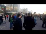 Минута молчания в Минске, в память о жертвах трагедии в Кемерово