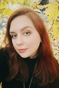 Александра Леонова