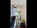 А у нас в квартире газ. А у вас? А у нас улей в потолке, 120 тысяч пчёл и 60 килограммов мёда и сот.  США (VHS VIdeo)