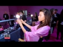Интервью за кулисами шоу «Victoria's Secret» (2016)