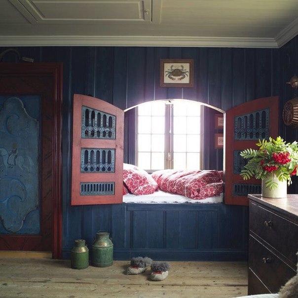 Интерьер старинного дома в Норвегии, построенного в 1782 году.