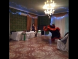 Я танцую в костюме цыганки.