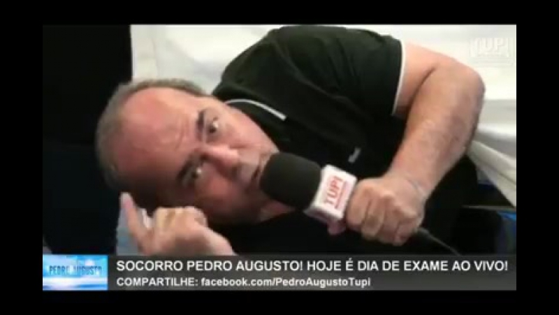 Pedro Augusto faz exame de próstata ao vivo