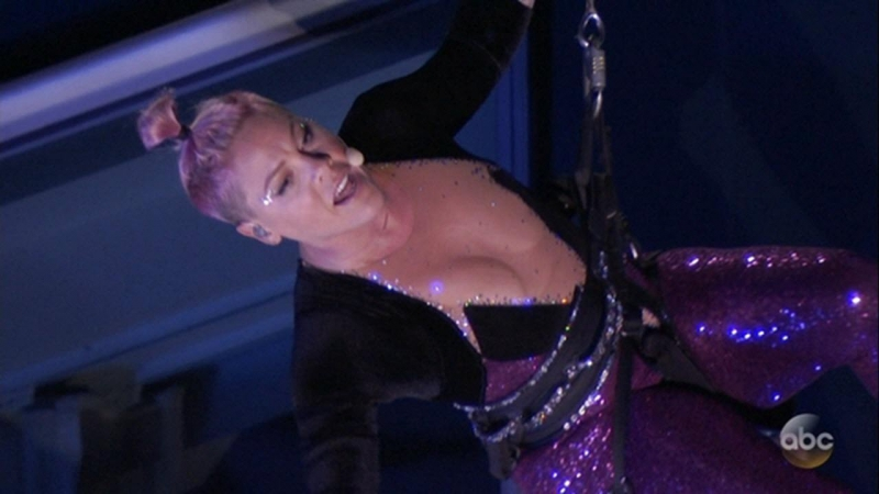 P!nk Defies Gravity to Perform 'Beautiful Trauma' Live at the 2017 AMAs