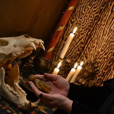 Сексуальная привязка мужчины по фото и на свечах