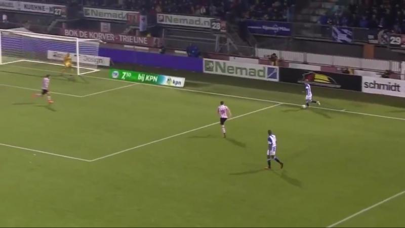 Ödegaard stuurt twee Spartanen het bos in met heerlijke voetbeweging VoetbalPrimeur.nl