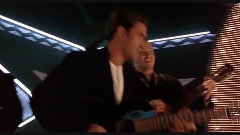 Desesperado - Antonio Banderas - Cancion del Mariachi