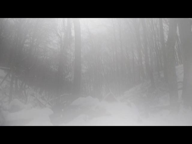 из палатки в снежный Хапхал