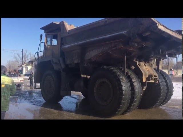 Донской силач сдвинул с места 45-тонный грузовик