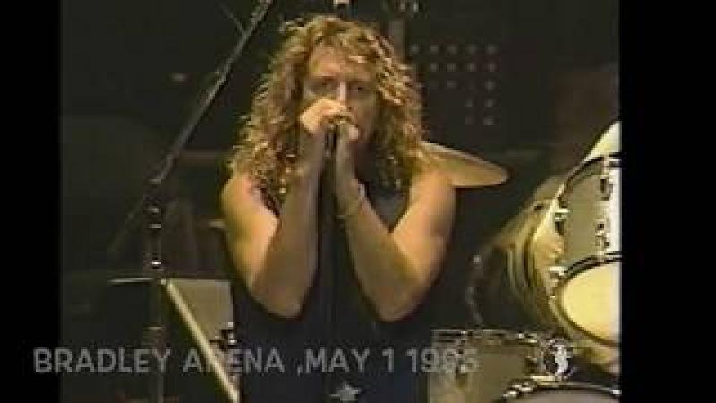 Led Zeppelin When the Levee Breaks 4 х минутное вступление Michael Eaton на колесной лире Hurdy Gurdy