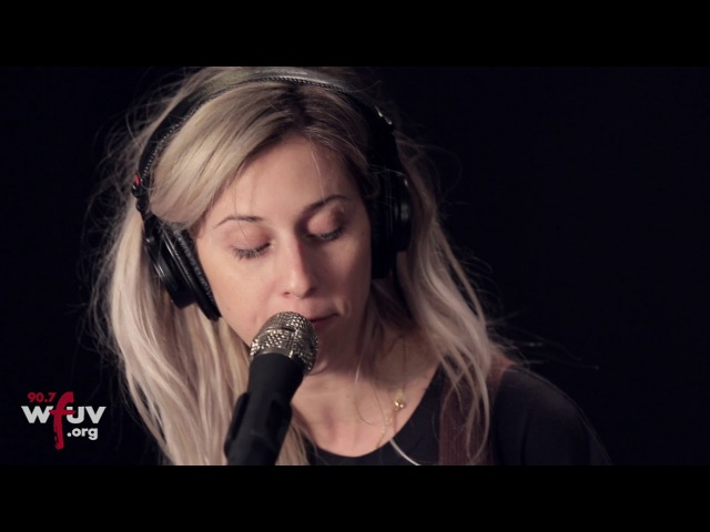 Bully - Feel The Same (Live at WFUV)