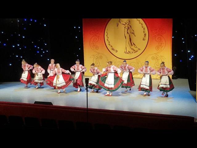 Ансабль народного танца Калинка г.Реутов: Девичья плясовая