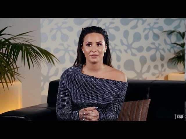 Demi Lovato reacts to old music videos - Digster Pop Throwback
