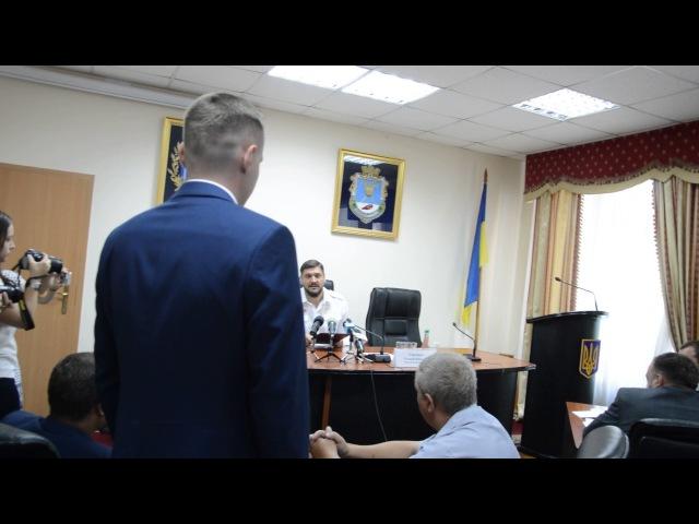 ПН TV: Савченко представил Волошина в качестве зама руководителя аэропорта