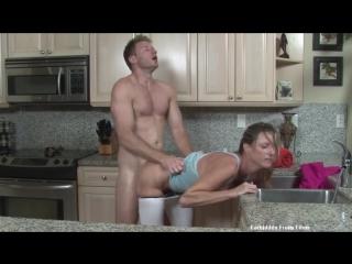 Помог Маме с сифоном [Трах, all sex, porn, big tits , Milf, инцест, порно]