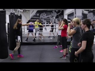 Обучение тайскому боксу для девушек. Тренер: Светлана Винникова (Чемпионка Мира)