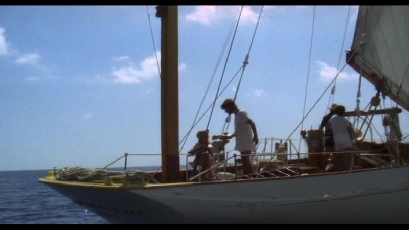 «Отнесенные необыкновенной судьбой в лазурное море в августе» (1974) - драма, комедия, приключения. Лина Вертмюллер