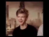 милый смех Томаса