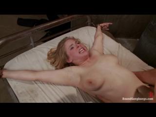 Жесткое порно стонет от боли 11