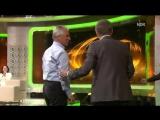 67-летняя легенда немецкого футбола забивает ножницами на ТВ-шоу