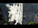 Греческая береговая охрана спасает тонущую яхту