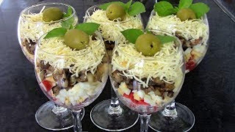 Салат коктейль из крабового мяса с грибами - все гости будут просто в восторге от нежного угощения!