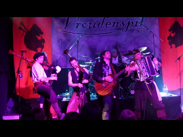 Vroudenspîl - Plankentango [live auf dem Pulverdampf Relase-Konzert im Spectaculum Mundi in München]