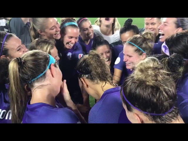Post game huddle ORLvNY