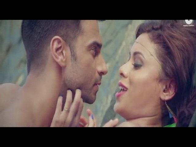 Bollywood best song.[Lebon se][Bangladeshi meye...]
