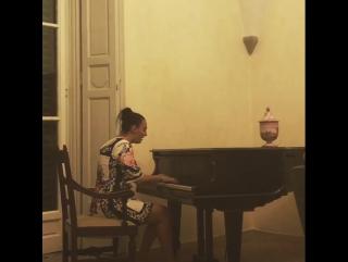 Елена Ваенга - Песня сироты из оперы М.И.Глинки