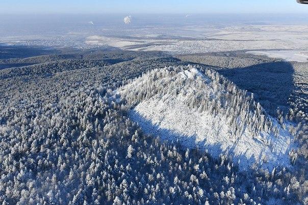 #ТипичныйКрасноярск_фото #Красноярск В морозный день Черная сопка выгл