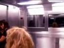 жесткий прикол в лифте.mp4