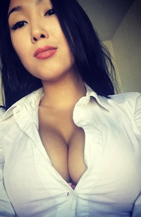 Казах снимается порно глубокого минета
