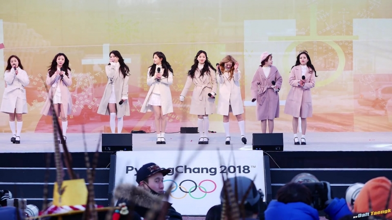 180123 | Lovelyz - First Snow | 2018 PyeongChang Winter Olympics Torch Relay Celebration Event