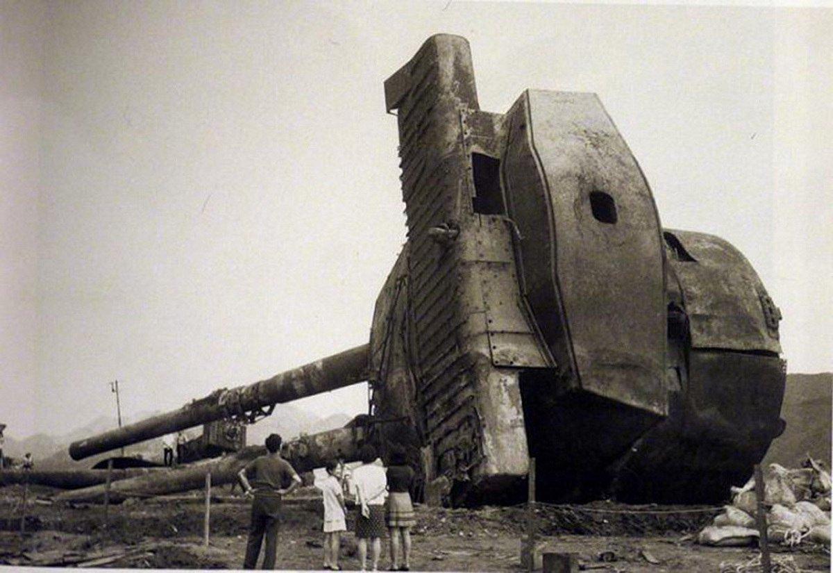 "Башня линкора ""Муцу"", поднятая с морского дна."