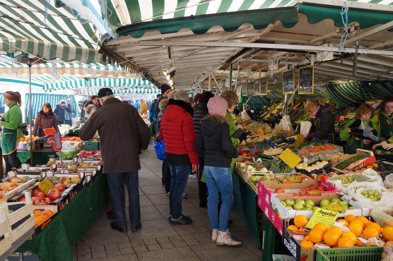Уличный рынок в Германии