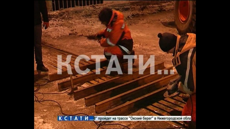 Поспешили и людей обрадовали - Мызинский мост открыт раньше намеченных сроков.