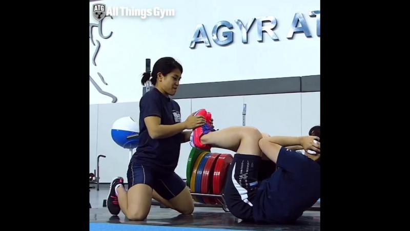 Team Japan Partner Ab Workout 🇯🇵🇯🇵🇯🇵✌️Ayana Sadoyama @ayannn0503 Eri Mitsuke