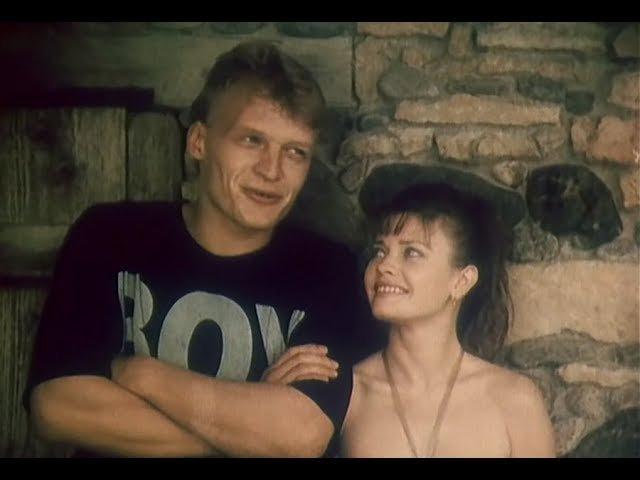 Комедия «Обнажённая в шляпе» , Одесская киностудия , 1991.