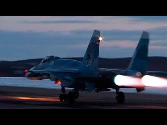 Летчики Северного флота выполнили первые в этом году полеты на палубных истреби...