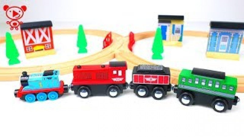Wooden trains for kids Thomas the Tank Engine opens wooden toy trains like brio railway for kids 4k