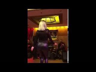hot girl dancing&رقص في كبارية بالفيزون نااااار