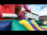 ДЕТСКИЙ БАТУТ Оля Развлекается с друзьями Видео Для Детей Trampoline Fun for the Kids Video