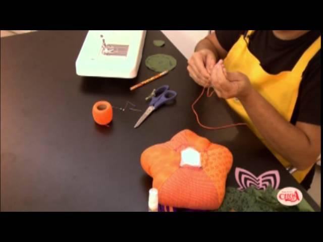 Alciana Rossi ensina a fazer uma abóbora com gabaritos da We Care About.