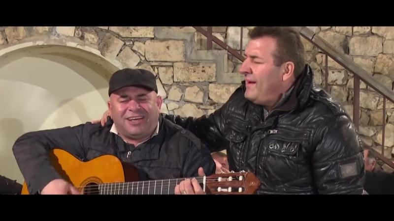 Нерсик Испирян - Կամավորի երգը (поёт в Тигранакерте, Арцах).