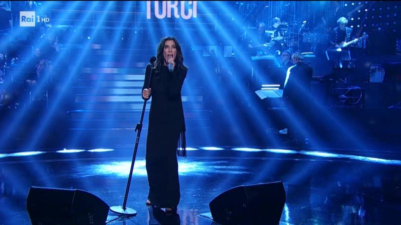 Paola Turci - Because the night - RaiUno (21.10.17)